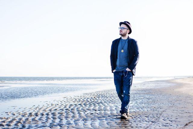 """(@simonipaolo) – Sabato 6 dicembre, PAOLO SIMONI sarà in concerto allo Zoom di Marcellinara (Catanzaro) con il """"VOCE E PIANO-CLUBTOUR"""""""